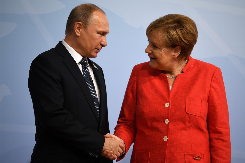горбачев и меркель фото ютуб