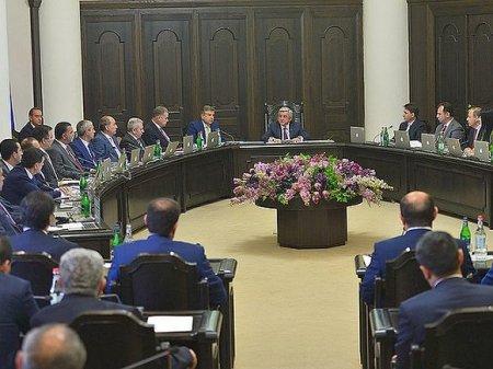 Вторая по величине фракция парламента Армении поддержит Пашиняна