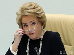 Матвиенко оценила мемы про законы о фейках и оскорблении государства