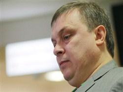 """Продюсер """"Ласкового мая"""" потребовал отправить Шнурова в психбольницу"""