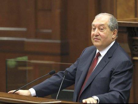 Пашинян не пригласил президента Армении на заседание Совета нацбезопасности в Карабахе