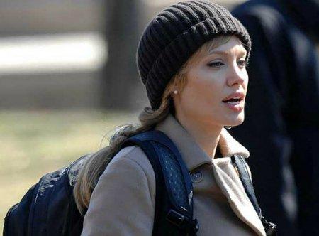 СМИ сообщили о планах Анжелины Джоли уйти из кино
