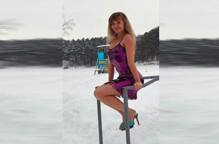 Барнаульской учительнице пришлось уволиться из школы за фото в купальнике