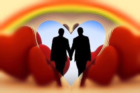 В Петербурге мошенники с сайта знакомств ограбили двух геев