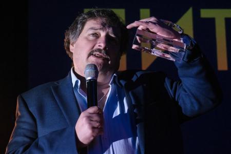 Жена писателя Быкова рассказала о его состоянии