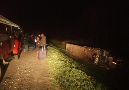 Водителю попавшего в ДТП под Орлом автобуса ампутировали ногу на месте