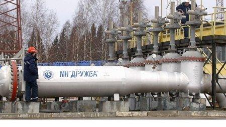 Белоруссия полностью остановила прием российской нефти