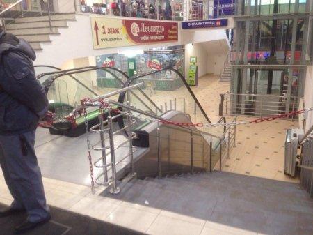 В ТРК «Заневский каскад» не пускают посетителей (фото)