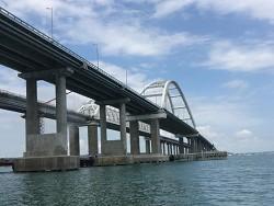 Фото пережившего зиму Крымского моста вызвали у Неньки дикий шок