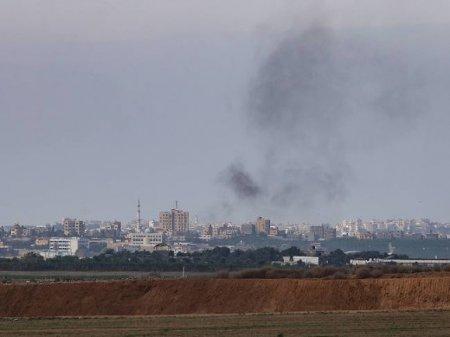 Из сектора Газа вылетели около 100 ракет, Израиль задействовал танки