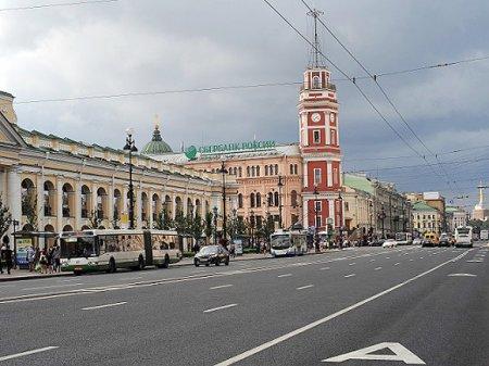 Работа «Невского проспекта» и «Площади Восстания» нарушена перед парадом