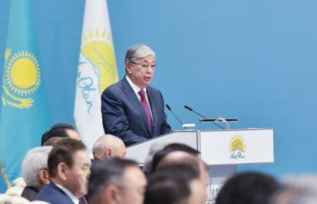 Президент Казахстана призвал помнить уроки Великой Отечественной войны