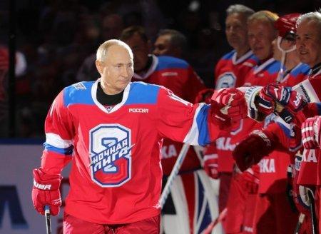 Путин назвал причину своих побед в матчах Ночной хоккейной лиги