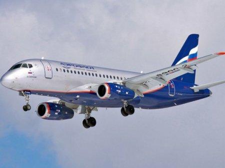 Размотавшийся трос повредил фюзеляж SSJ 100 при посадке в Ижевске
