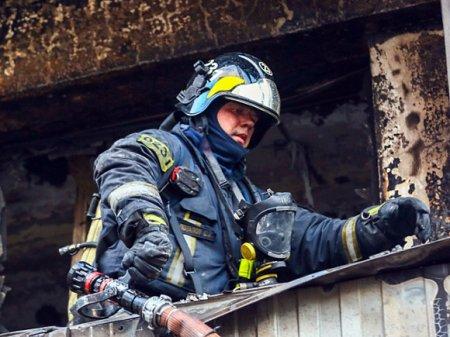 В квартире в Петербурге при пожаре заживо сгорела пенсионерка