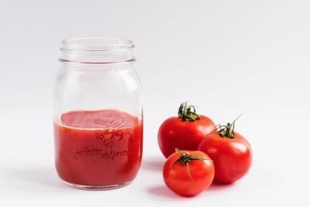 """""""Росконтроль"""" нашёл в томатном соке крахмал и плесень"""