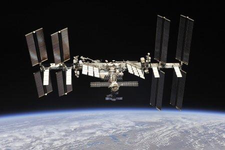 Космонавты стали жаловаться на слух из-за шума на МКС
