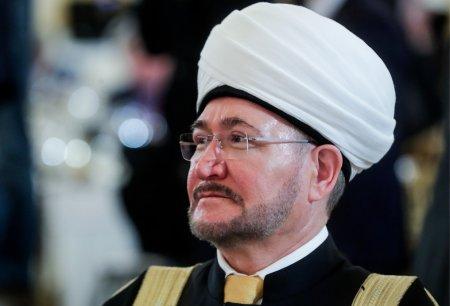 Глава Совета муфтиев России поздравил мусульман с праздником Ураза-байрам