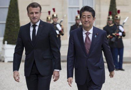 Макрон и Абэ встретятся в Японии перед саммитом G20
