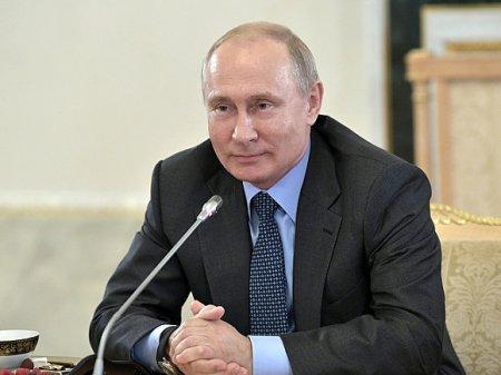 Песков: Путин всегда начинает общение с правильных фраз, с Зеленским будет также