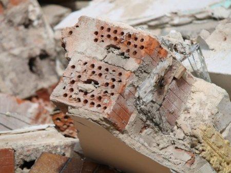 В поселке на севере Молдавии обрушилась часть девятиэтажки