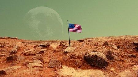 Трамп пообещал установить американский флаг на Марсе