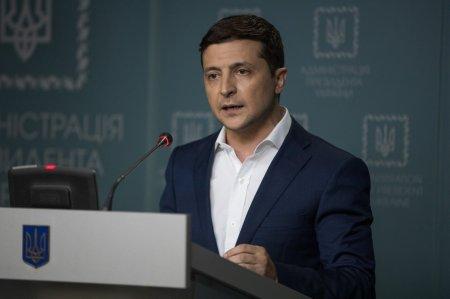 Зеленский уволил более 20 глав районных администраций за день