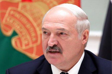Лукашенко предложил Путину решить все спорные вопросы до 8 декабря