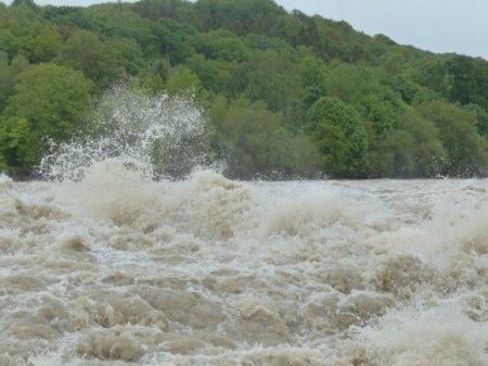 Из зоны паводков в Приамурье эвакуировали более тысяч человек