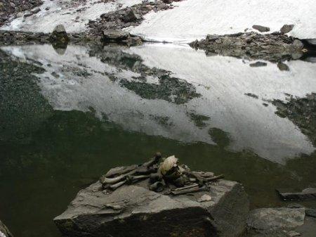 Озеро скелетов: почему высоко в горах в один момент погибли полтысячи человек