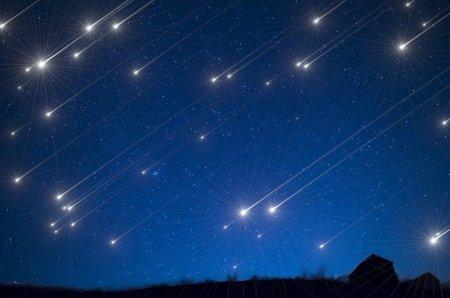 Москвичам рассказали, откуда посмотреть самый зрелищный звездопад лета
