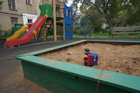 В Белоруссии двухлетняя дочь случайно задушила свою мать