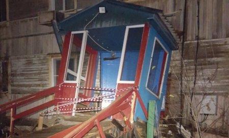В Салехарде эвакуировали около 40 жильцов дома из-за угрозы обрушения