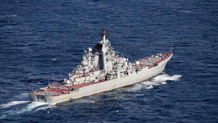 Российские моряки нашли в Средиземном море пустую байдарку с документами израильтян