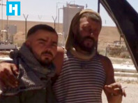 """Журналисты вычислили троих предполагаемых """"вагнеровцев"""" из видео казни в Сирии."""