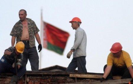 За границу на заработки уезжает все больше белорусов