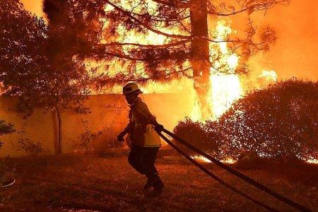 Студию Warner Brothers в Калифорнии эвакуировали из-за пожара