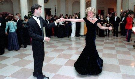 Платье принцессы Дианы с приёма в Белом доме продадут за 350 тысяч фунтов