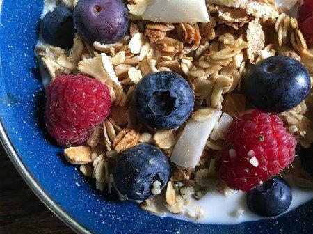 Диетолог назвала вредные для завтрака продукты