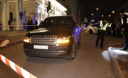 В центре Киева при обстреле дорогого внедорожника убили ребёнка