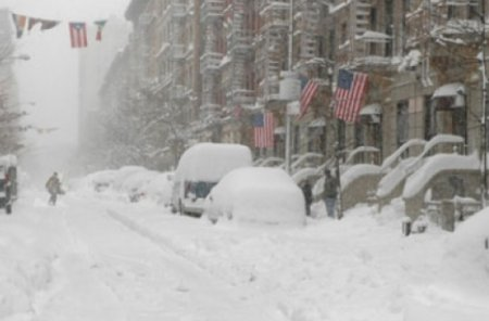 В Нью-Йорке объявлено чрезвычайное положение