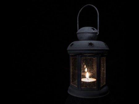 В смоленском городе отключили свет во время эфира Малахова о загадочном исчезновении там подростка