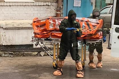 Появилось фото госпитализации россиян с подозрением на коронавирус