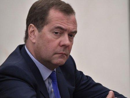 """Глеб Павловский назвал увольнение Медведева """"спецоперацией"""""""