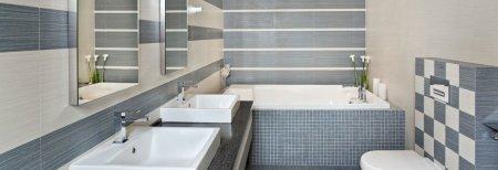 Специалисты назвали способы освежить вид ванной комнаты