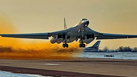 «Белый лебедь» Ту-160 вооружат гиперзвуковыми «Кинжалами»