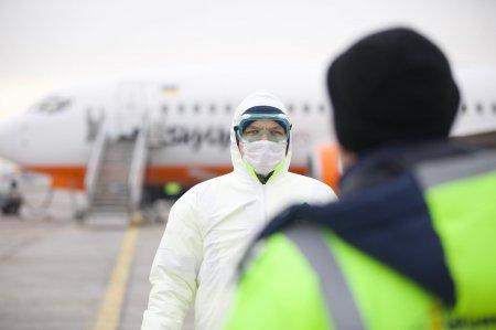 """""""Чтоб вы сдохли"""": эвакуированным из Уханя украинцам начали угрожать расправой"""