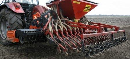 Российским регионам дано указание форсировать подготовку к севу