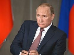 Путин поручил обеспечить отсрочку на полгода налоговых платежей