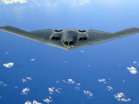 США перебросили в Европу на учения стратегические бомбардировщики B-2
